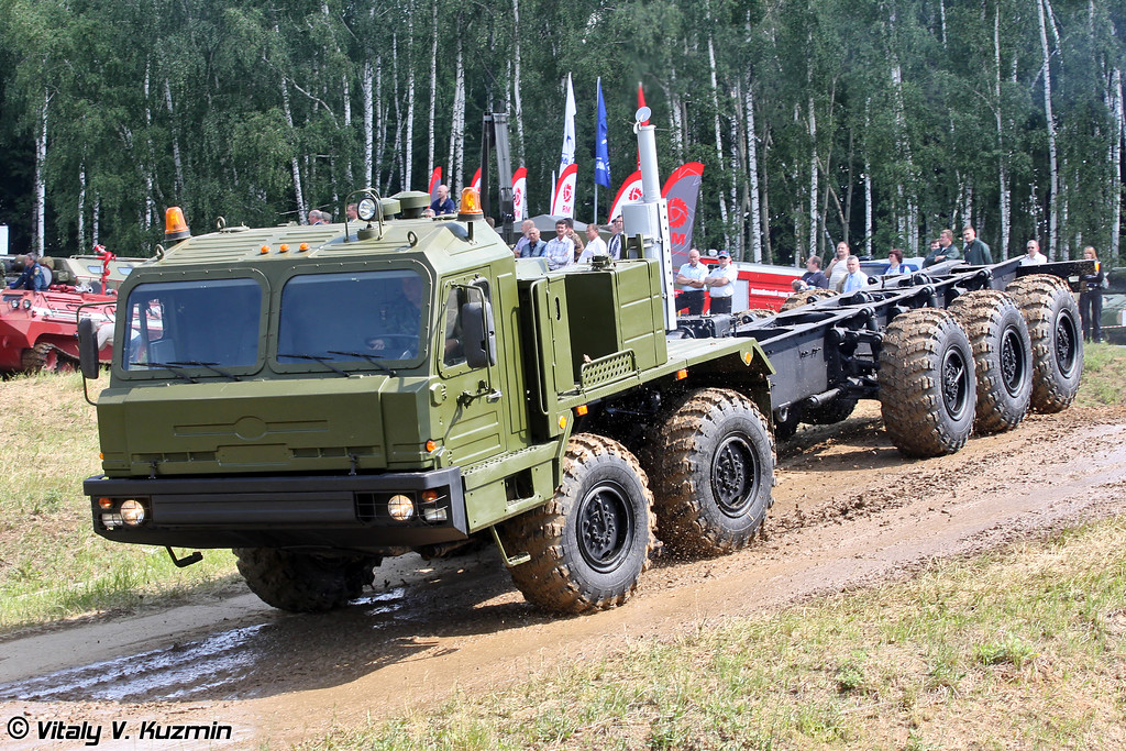 Специальное колесное шасси БАЗ-69096 (BAZ-69096 special wheeled chassis)