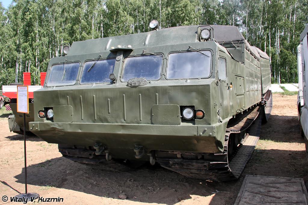 Двухзвенный гусеничный транспортер ДТ-30П (Tracked carrier DT-30P)
