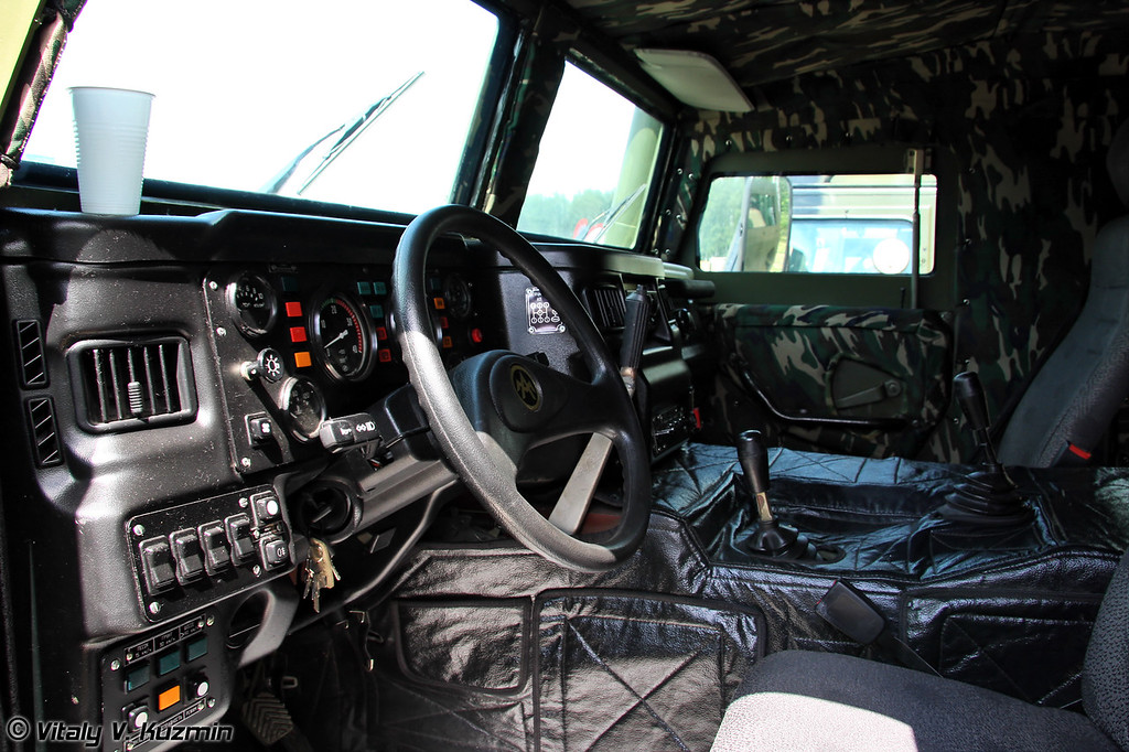 Специальное транспортное средство повышенной защищенности Тигр-6а  (Tigr-6a armored vehicle)