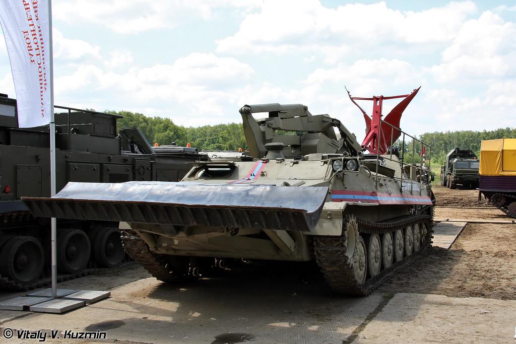 Гусеничная пожарная машина МТ-ЛБ-ЛТП (Tracked fire fighting vehicle MT-LB-LTP)