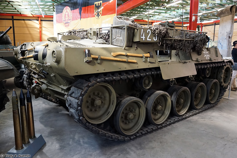 Бронетранспортер M39 (M39 armored personnel carrier)