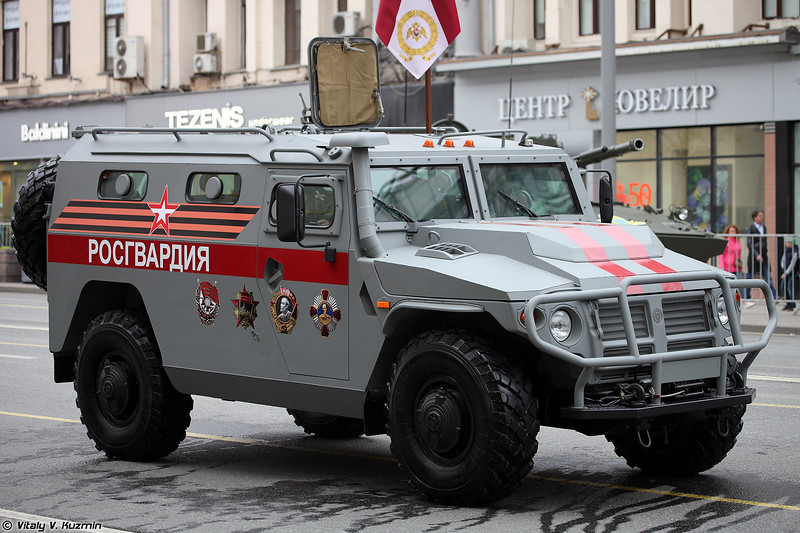 Бронеавтомобиль СБМ ВПК-233136 Тигр-М (VPK-233136 Tigr-M SBM armored vehicle)