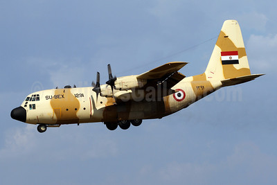 Egyptian Air Force Lockheed C-130H Hercules SU-BEX 1291 (msn 4937) BWI (Brian McDonough). Image: 920356.
