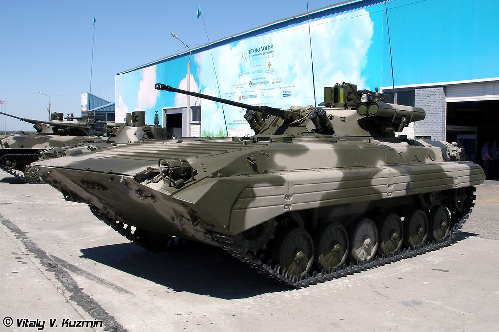"""БМП-2М с комплексом вооружения """"Бережок"""" (BMP-2M with Berezhok weapon system)"""
