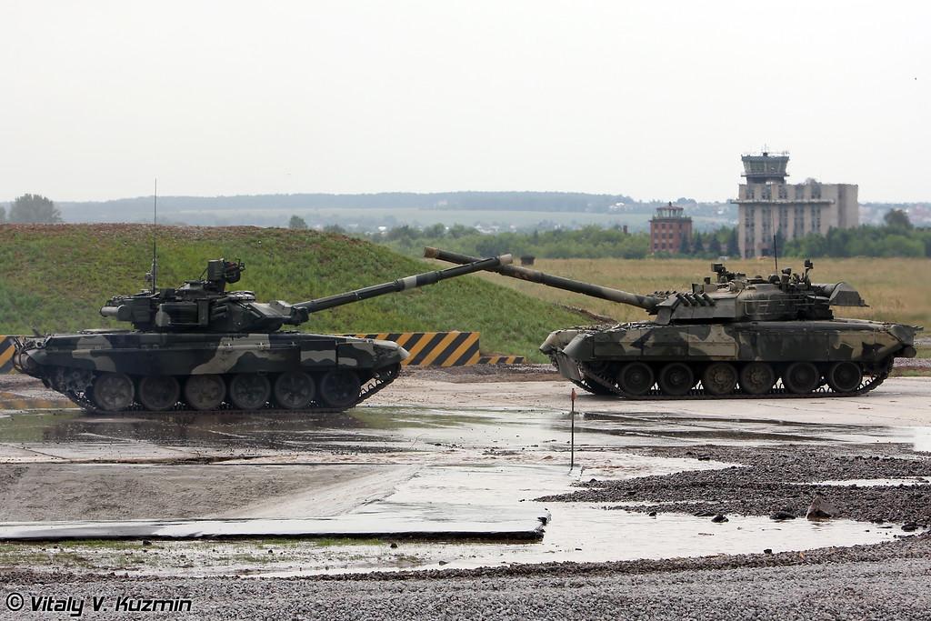 """""""Танковый балет"""" в исполнении Т-80У и Т-90А (""""Tank ballet"""" with T-80U and T-90A)"""