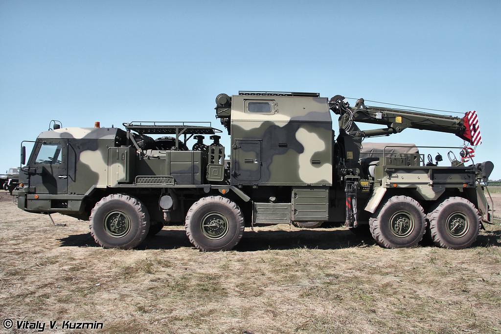 Ремонтно-эвакуационная машина РЭМ-КС на шасси БАЗ-6910 (Recovery vehicle REM-KS on BAZ-6910 chassis)