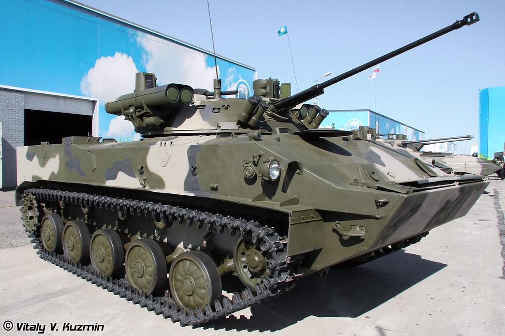 """БМД-3 с комплексом вооружения """"Бережок"""" (BMD-3 with Berezhok weapon system turret)"""