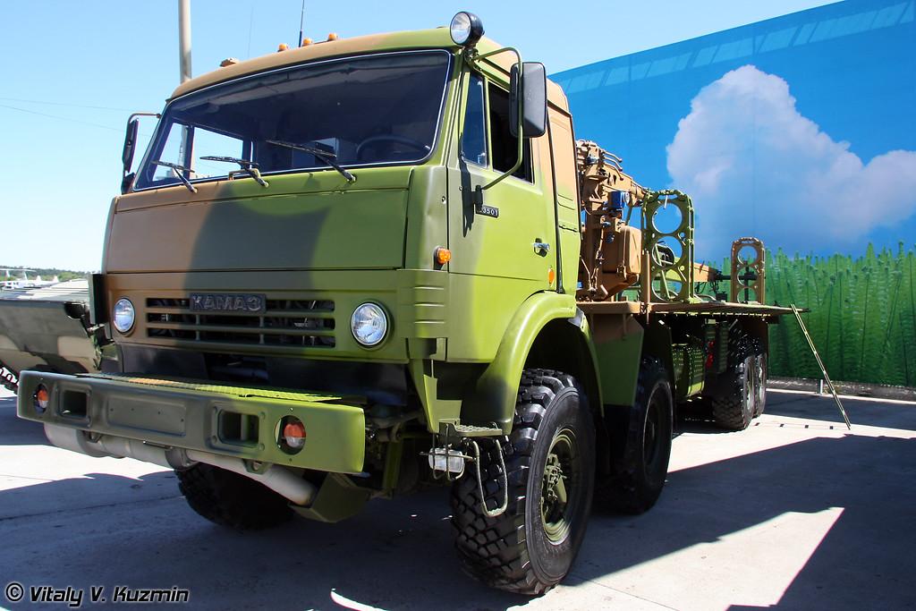 Транспортно-заряжающая машина 9Т23-4 РСЗО Смерч (Loader vehicle for 9T23-4 MLRS Smerch)