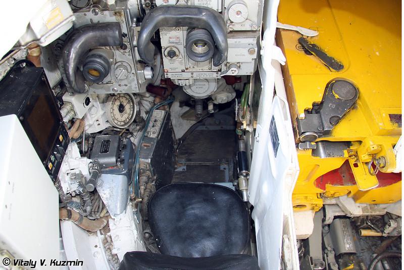 Опытный танк Объект 291 (Object 291) Место наводчика-оператора (Gunner seat)
