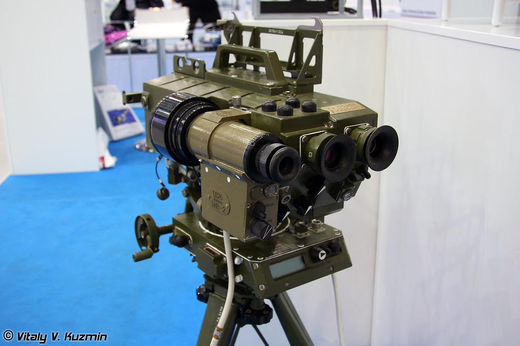 Лазерный целеуказатель-дальномер 1Д26 (Laser designator range-finder 1D26)