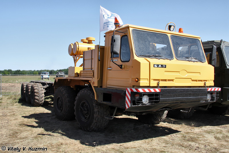 Специальное колесное шасси БАЗ-69096 (Special wheeled chassis BAZ-69096)