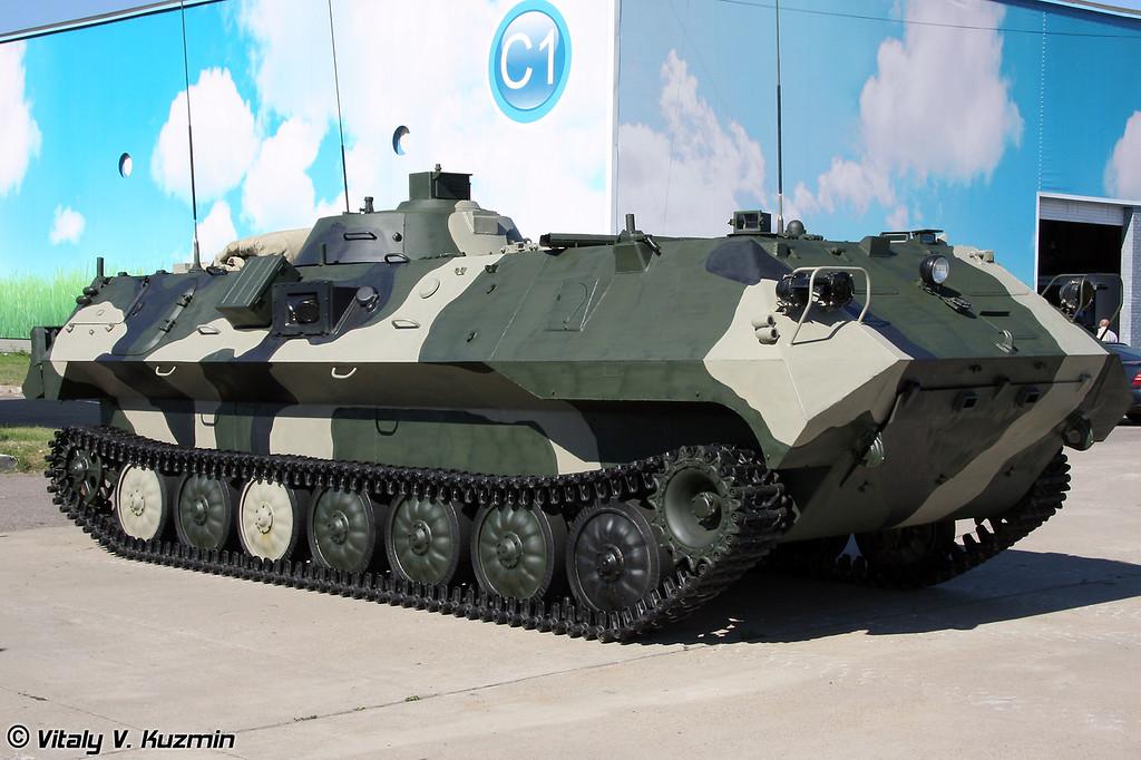 Машина управления огнем артиллерии 1В13-1 на базе МТ-ЛБу (1V13-1 Artillery fire command vehicle on MT-LBu base)