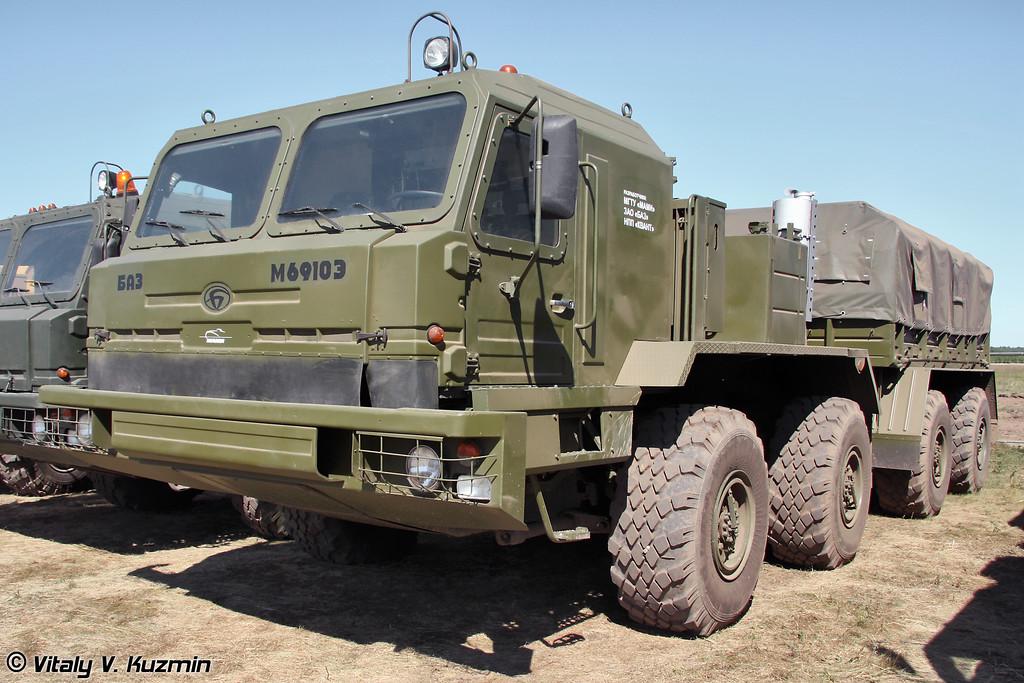Специальное колечное шасси БАЗ-M6910Э (Special wheeled chassis BAZ-M6910E)