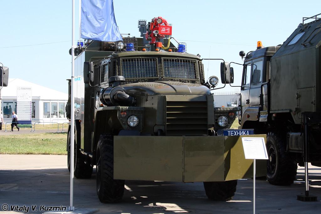 Бронированная специальная инженерная машина Торнадо на шасси Урал-4320 (Armored special engineer vehicle Tornado on Ural-4320 chassis)