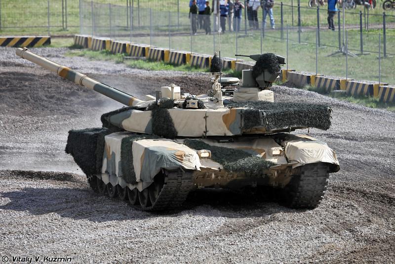 Танк Т-90С модернизированный или Т-90СМ, также известен как Т-90МС (T-90S upgraded tank or T-90SM, also known as T-90MS)