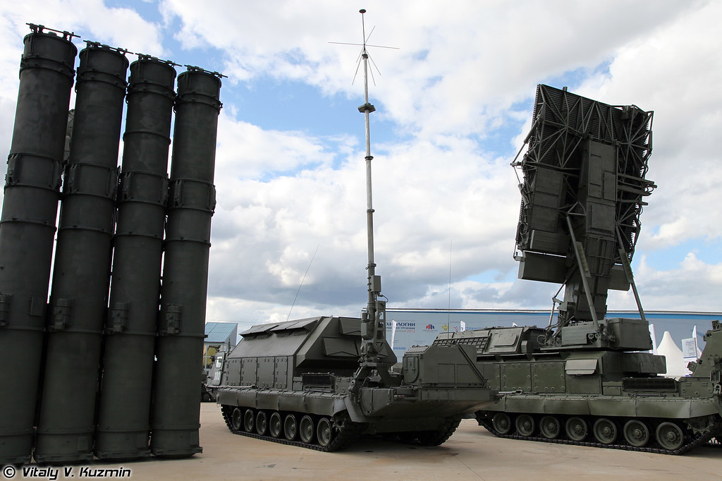 С-300В Командный пункт 9С457 (S-300V 9S457 self-propelled command post)