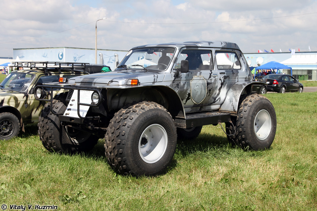 Снегоболотоход Бронто МАРШ-1 (Bronto MARSH-1 all-terrain vehicle)