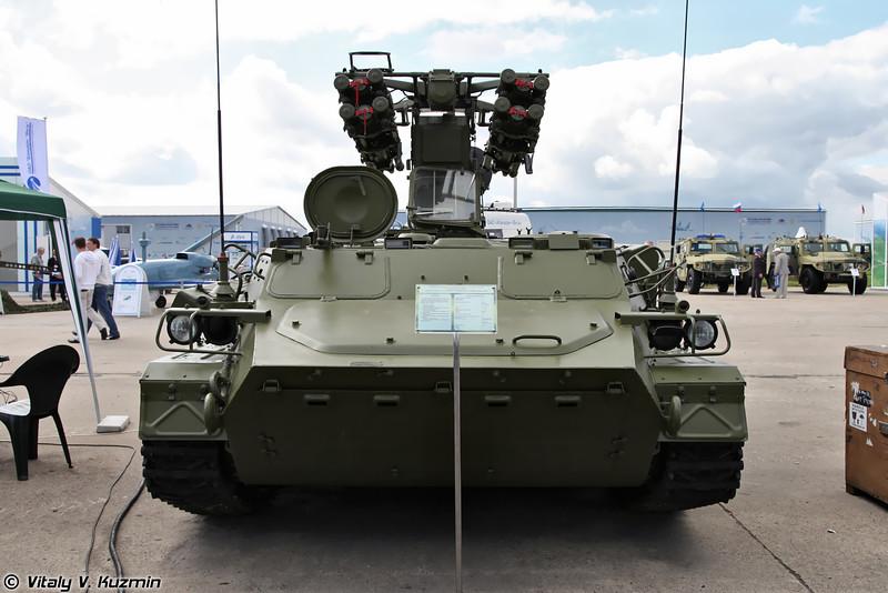 Боевая машина из состава ЗРК Лучник-Э на базе БМ ЗРК Стрела-10 с пусковыми модулями Стрелец (Luchnik-E Air Defence system with Strelets launching modules)