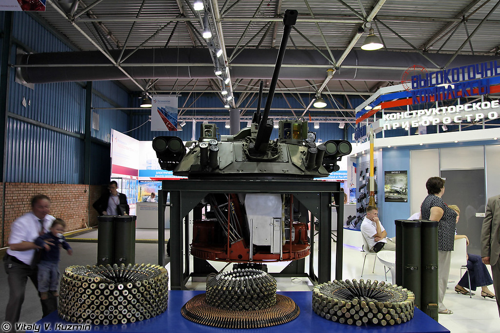 Модернизированное боевое отделение с комплексом вооружения на стенде КБП (Upgraded combat compartment for armored vehicles)