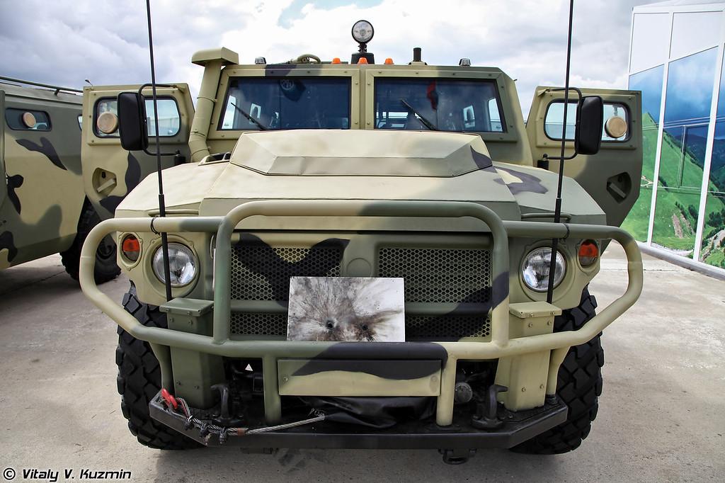 Модернизированная специальная полицейская машина СПМ-2М на базе ВПК-233114 Тигр-М (Upgraded special police vehicle SPM-2M on VPK-233114 Tigr-M base)