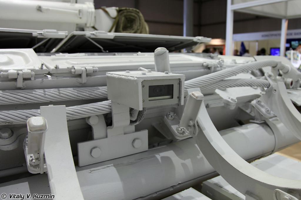 Танк Т-72Б, модернизированный 61-м БТРЗ, иногда называют Белый орел (Upgraded T-72B also know as White eagle)