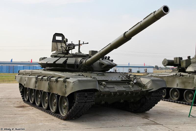 Т-72Б3 (T-72B3 main battle tank)