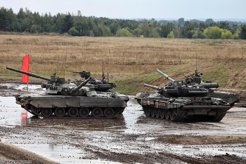 Танковый балет в исполнении Т-90А и Т-80У (Tank ballet with T-90A and T-80U)