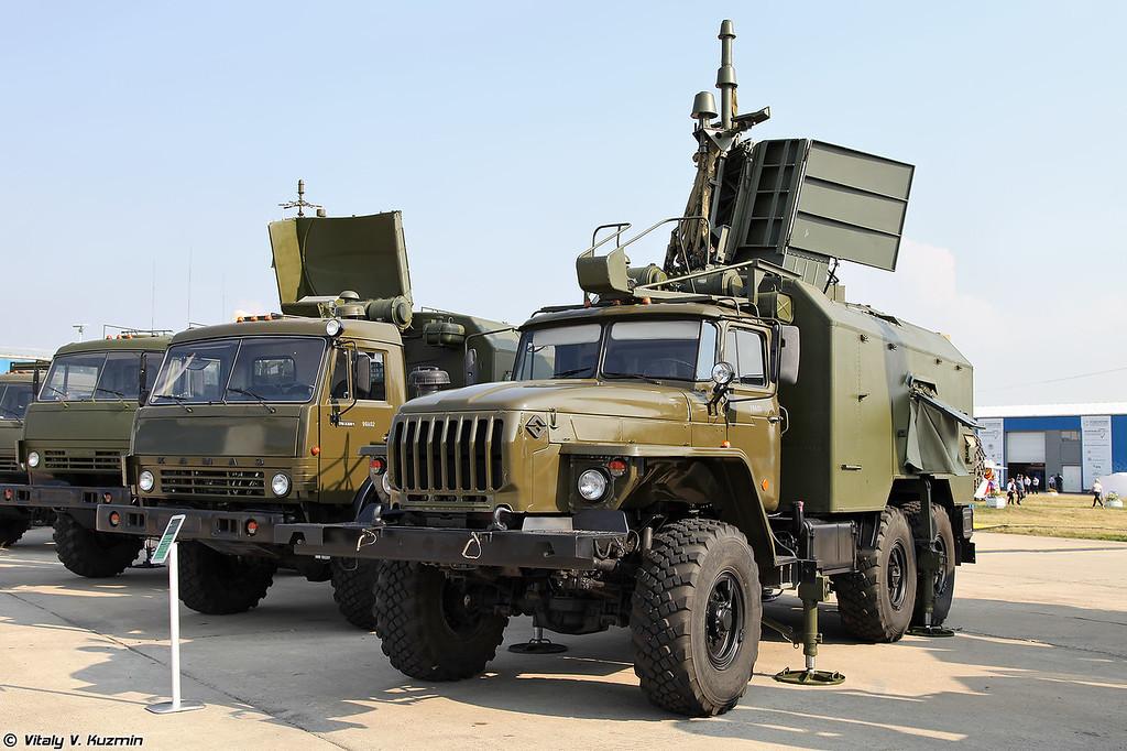 Комплекс исполнительной радиотехнической разведки 1Л222 Автобаза (1L222 Avtobaza electronic intelligence and jamming system)