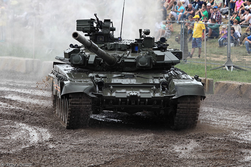 Танк Т-90А (T-90A main battle tanks)