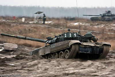 Танк T-80У (T-80U main battle tank)