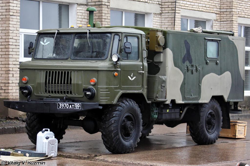 Машина старшего офицера батареи 1В110 (1V110 battery command vehicle).
