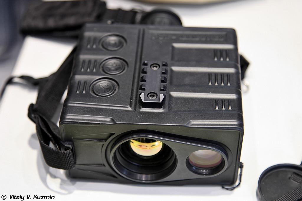 Двухканальный тепловизионно-телевизионный прибор круглосуточного применения Сталкер-384 (Stalker-384 thermal imaging device)