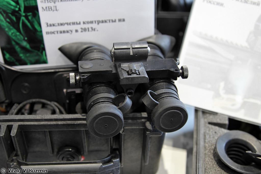 Очки ночного видения Нефтяник, поставлено в 2011-2012 гг. 25 изделий в спецподразделения, из который 15 в ФСБ и 10 в МВД (Night vision goggles Neftyanik)