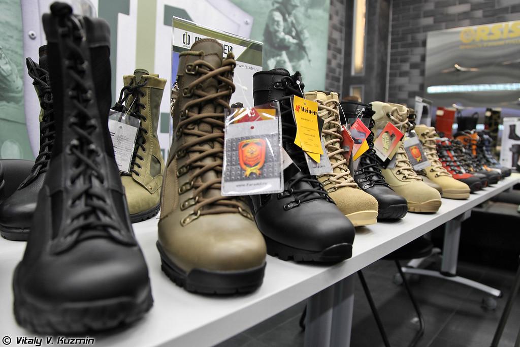 Стенд производителя обуви Фарадей (Faradei boots)