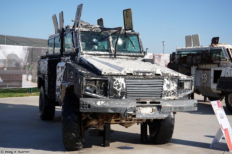 Бронеавтомобиль RG-31 Nyala с кустарной дополнительной защитой (Locally modified RG-31 Nyala armored vehicle)