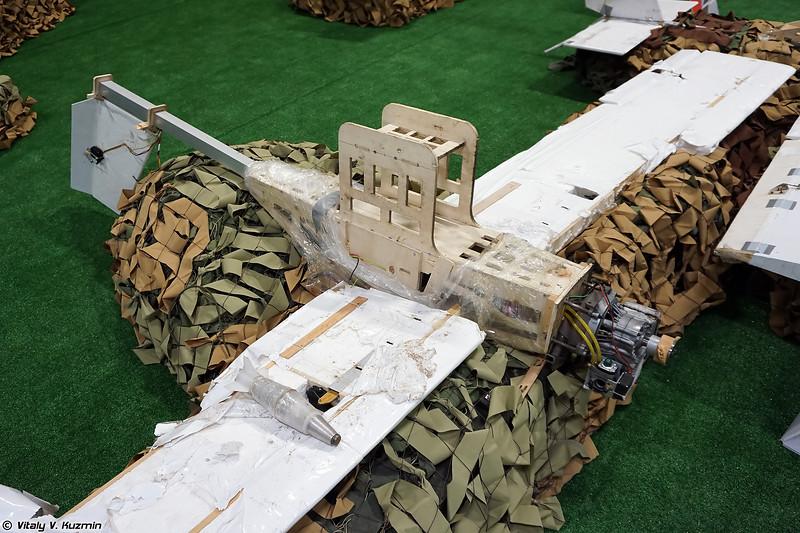 Самодельный БПЛА самолетного типа (UAV to carry the barrel bombs)