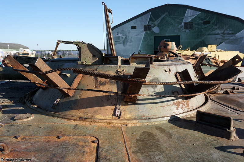БМП-1 с кустарной дополнительной защитой (Locally modified BMP-1)