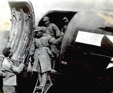 soldiersoffloading
