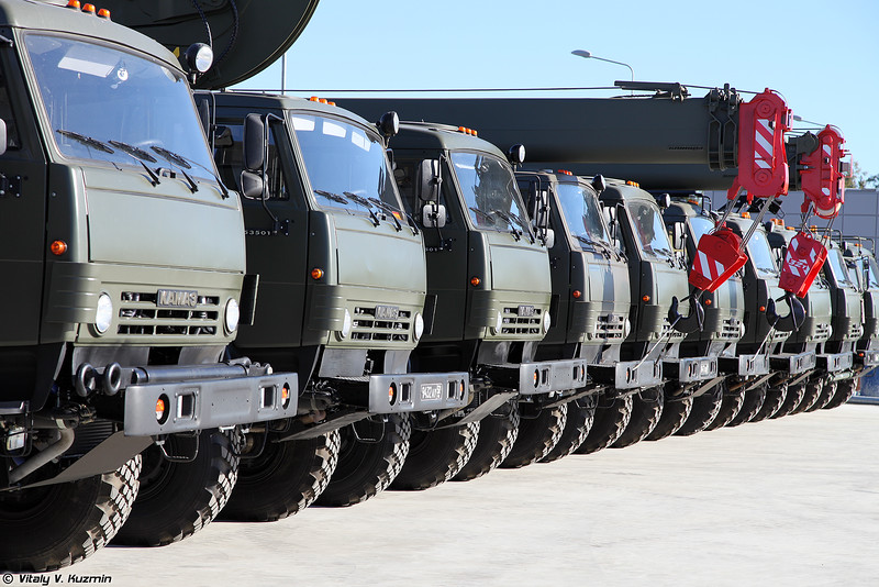 КАМАЗы (KAMAZ trucks)