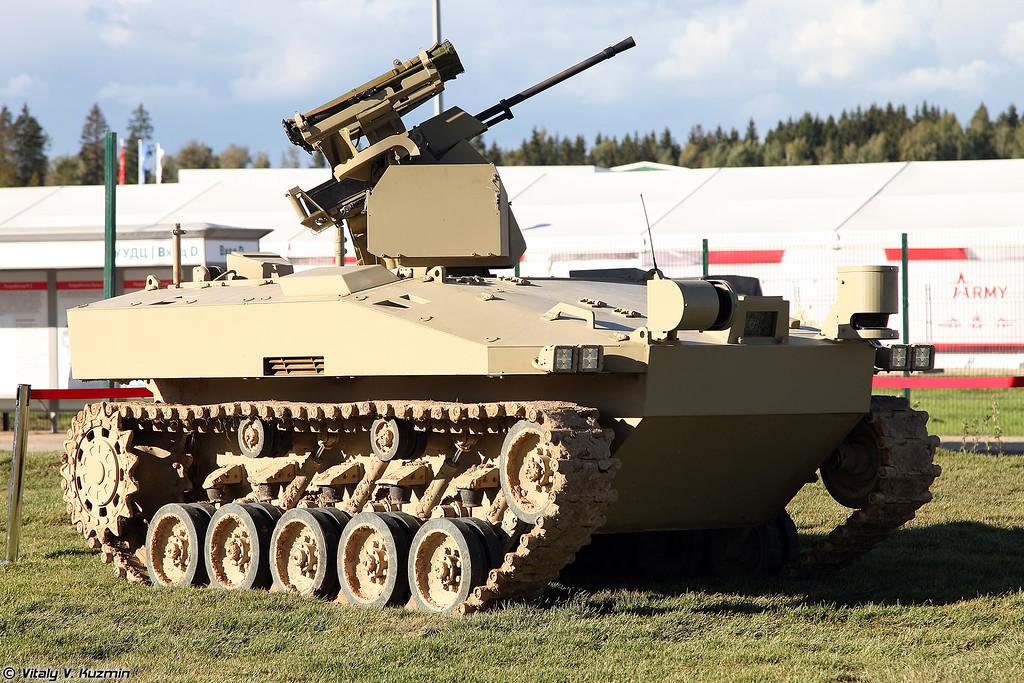 Боевая автоматизированная система БАС-01Г БМ Соратник (BAS-01G BM Soratnik unmanned ground vehicle)