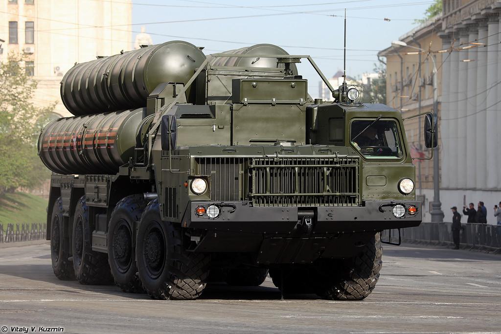 Пусковая установка 5П85СЕ2 из состава ЗРС С-400 (5P85SE2 TEL for S-400 system)