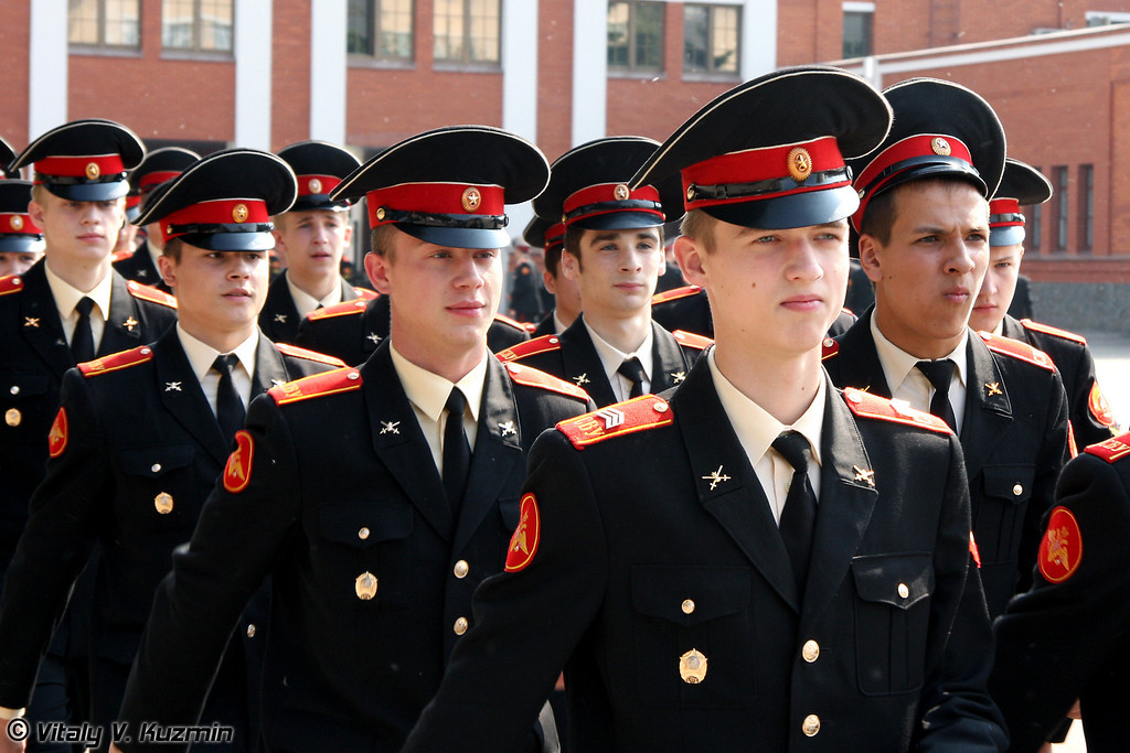 Выпуск Московского суворовского военного училища (Graduation ceremony at Moscow Suvorov Military School)