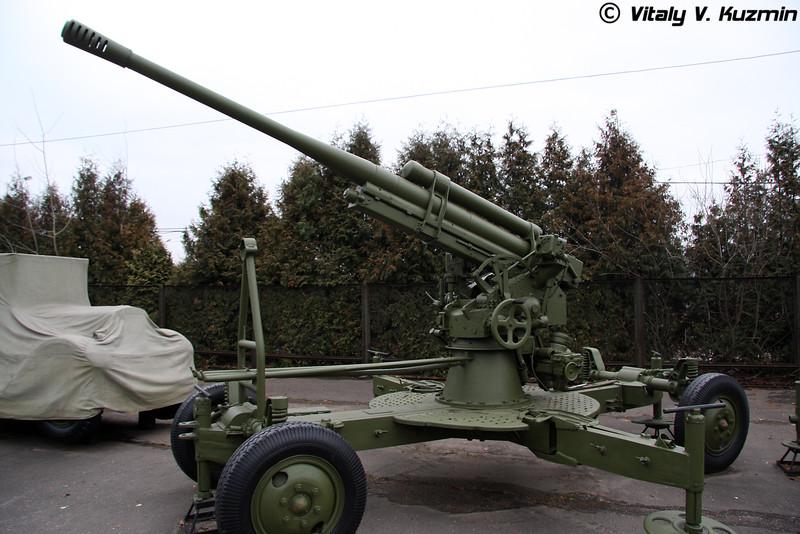 85мм зенитное орудие КС-12 (85mm KS-12 AA gun)