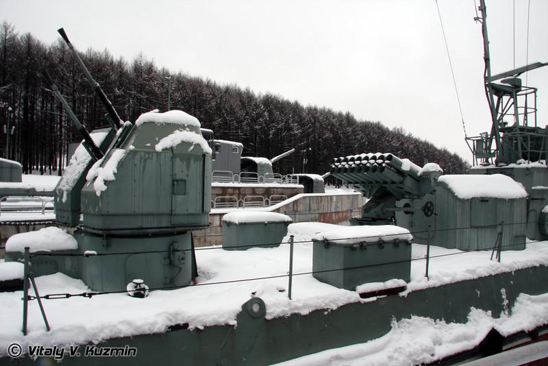 Речной сторожевой катер Шмель (Shmel class river guard artillery armored boat)