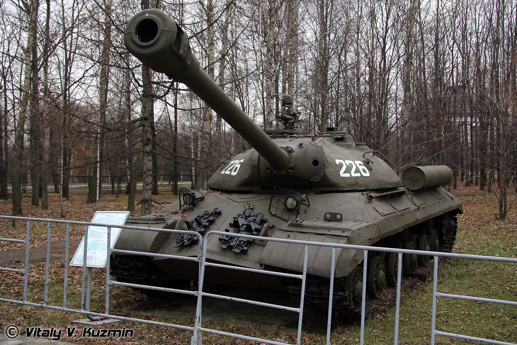 ИС-3 (IS-3 heavy tank)