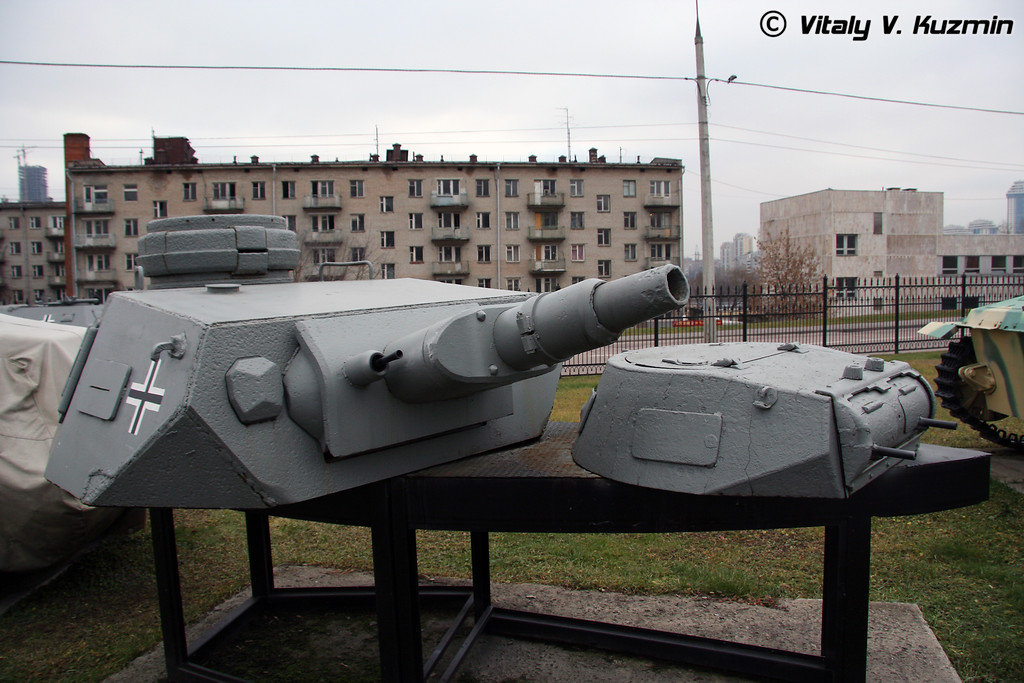 Башни танков Т-4 и Т-1 (T-IV and T-I tanks turrets)