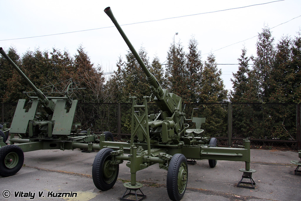 40мм зенитное орудие БОФОРС М-1 (40mm BOFORS M-1 AT AA gun)