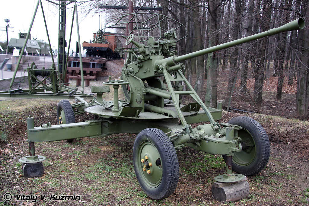 37мм зенитная пушка (37mm automatic AA gun)