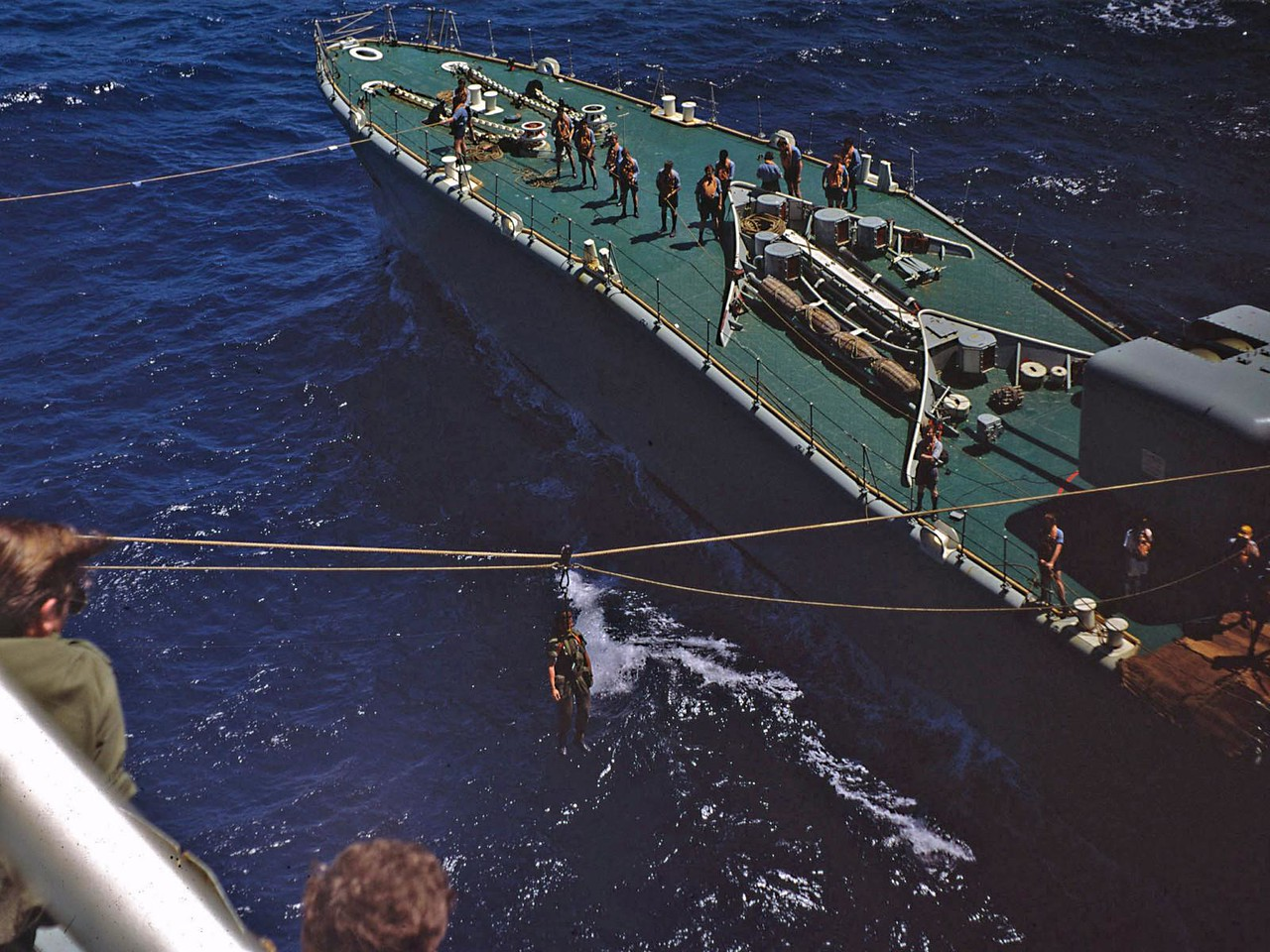 Jack stay transfer with HMS Minerva