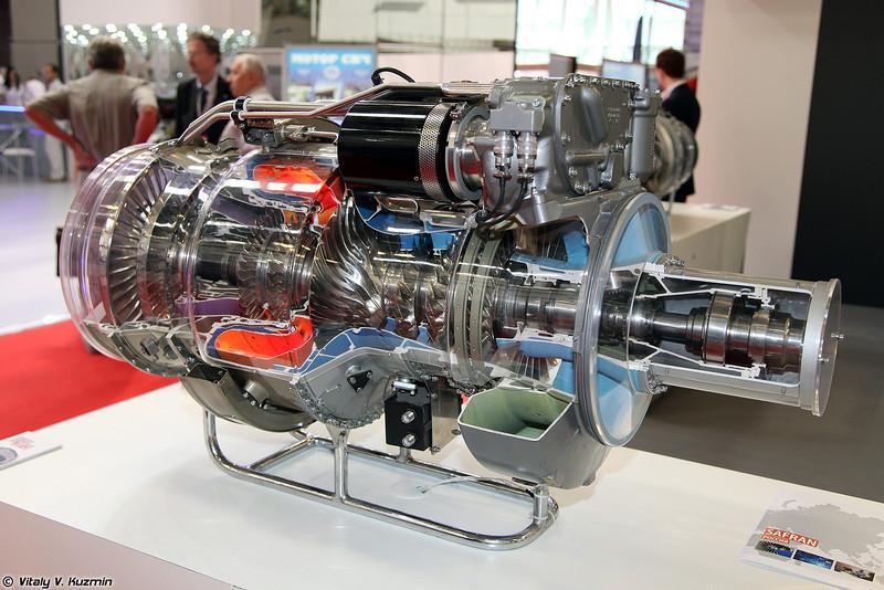 Модель представителя нового семейства двигателей Turbomeca класса мощности на валу 3000 л.с. (A model of engine from new 3000 SHP class family engine)